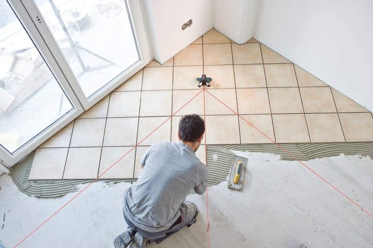 how to use a laser level for tile